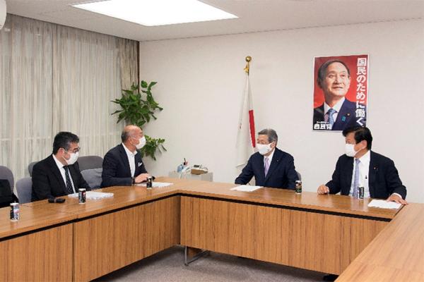 林幹雄幹事長代理との懇談