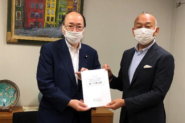 中川雅治税制調査会副会長