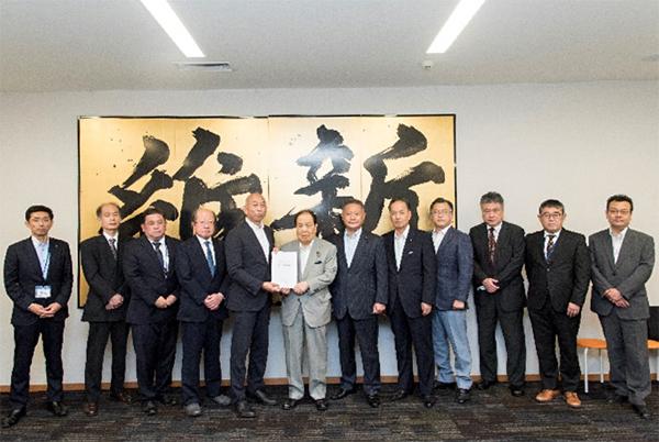 日本維新の会へ要望書提出